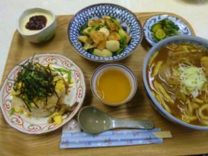 幸恵さんのカレーうどん、ちらし寿司